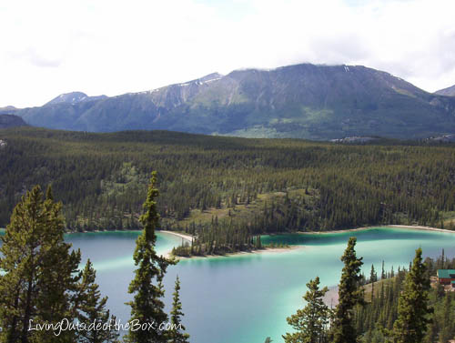 The view of Emerald Lake from the mini-mountain