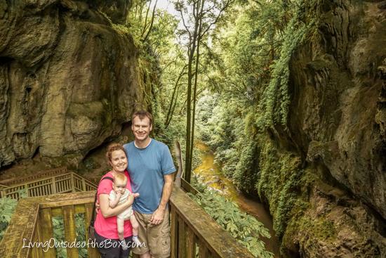 mangapohue-natural-bridge-hike-with-kids-39